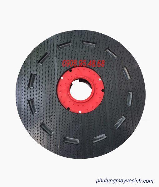 mâm gai gắn pad máy chà sàn công nghiệp